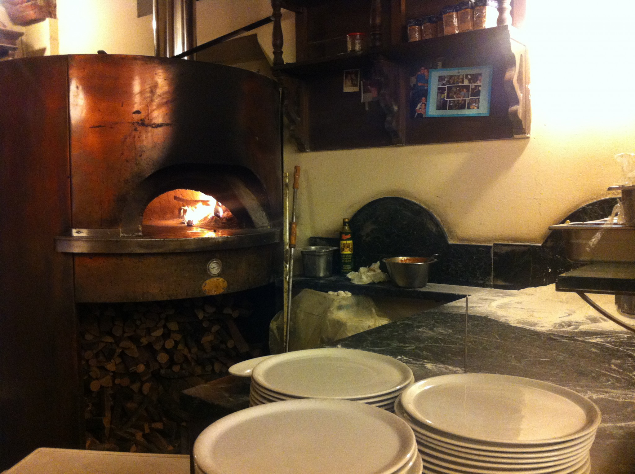 best pizza in milano, pizzaofen, feuer, Pizzeria del Ticinese