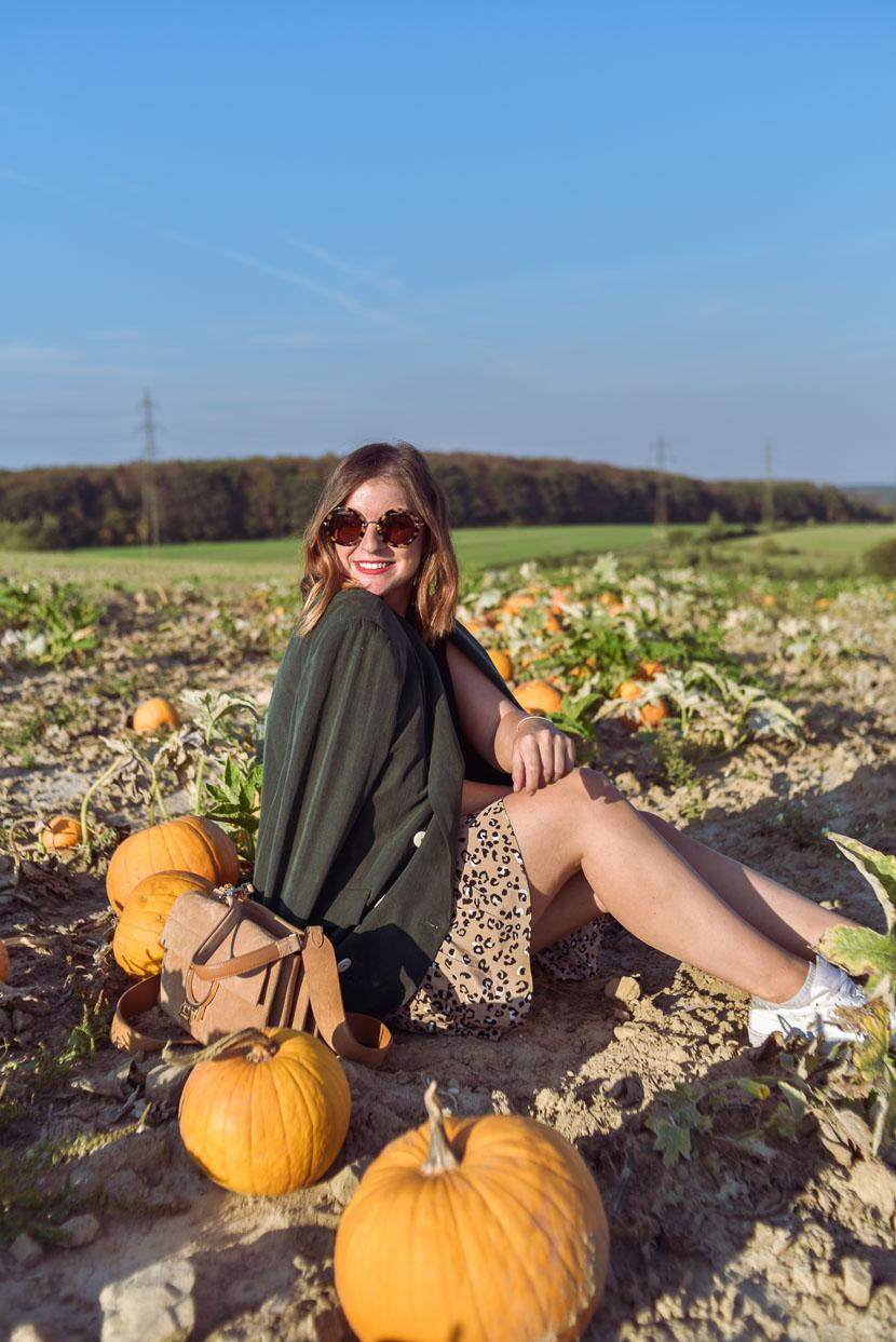 10 Gründe den Herbst zu lieben inkl. Herbstoutfit mit Leo Print 5