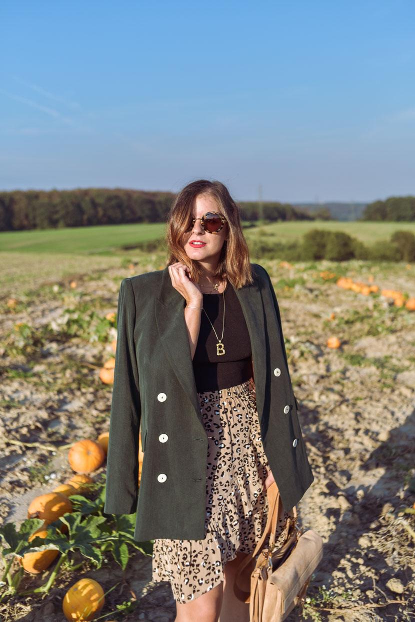 10 Gründe den Herbst zu lieben inkl. Herbstoutfit mit Leo Print 2