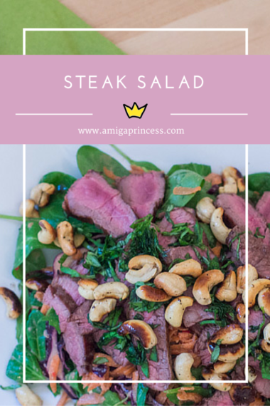 steak salad with cashwes, www.amigaprincess.com