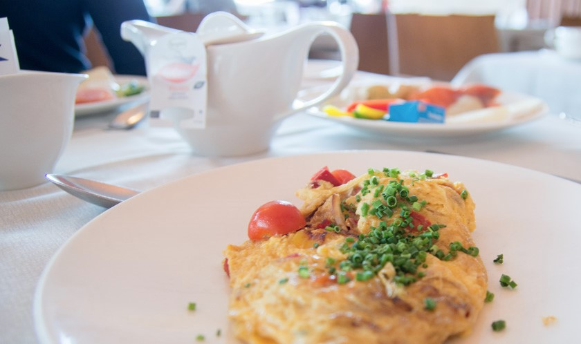 breakfast, omelette, Falkensteiner balance resort stegersbach