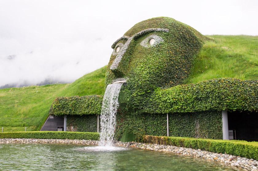 swarovski kristallwelten wattens, der riese, 5 Must-Do´s in Innsbruck – 5 Dinge, die ihr nicht verpassen dürft