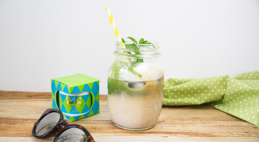 dirty iced matcha latte #kissa #matchatea #drink #iced #summer #rezept #recipe #amigaprincess #refreshing #delicious