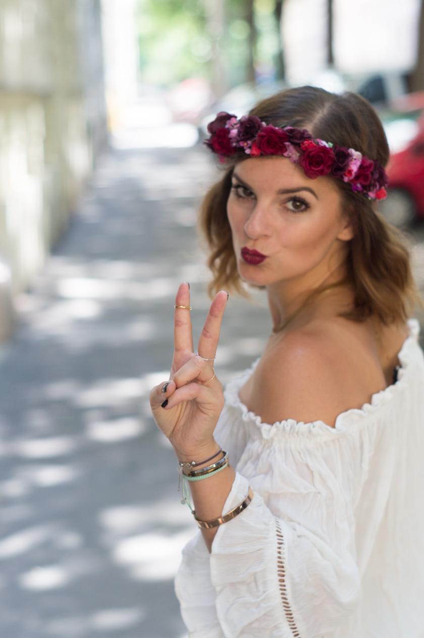 festival look mit blumenkranz, weareflowergirls #flowergirl #flowercrown #blumenmädchen #blumenkranz #summer #boho #outfit #amigaprincess #fashion #jumpsuit