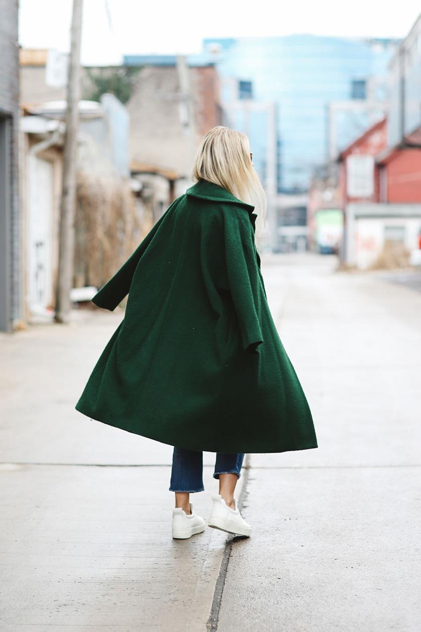 Charlotte-Groeneveld-green-coat
