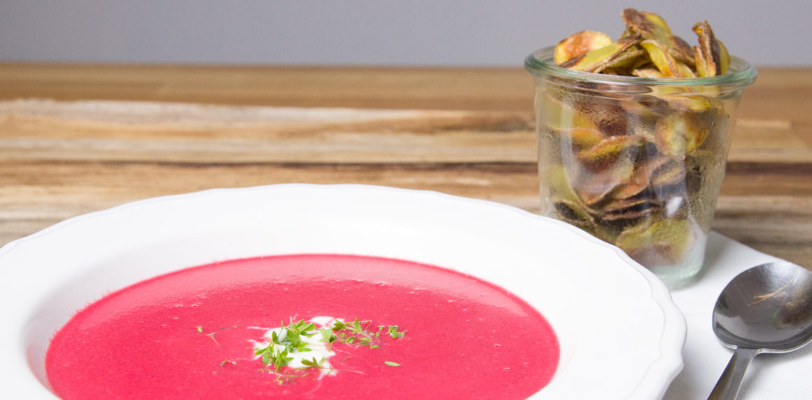 Rote Beete Suppe mit Wasabi und Ingwer #beetroot #red #pink #soup #suppe #recipe #rezept #quickneasy #healthy #superfood #braun #multiquick #amigaprincess