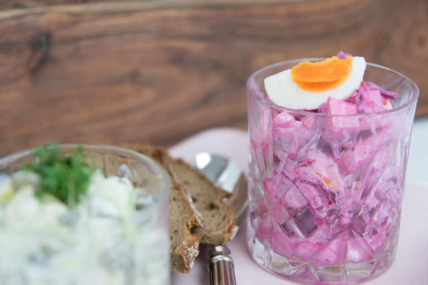 Zweierlei Heringsalat am Aschermittwoch, Rezept, recipe , Hering , herring salad, rote Beete Salat, Fastenzeit, amigaprincess, Foodblog , Foodblogger