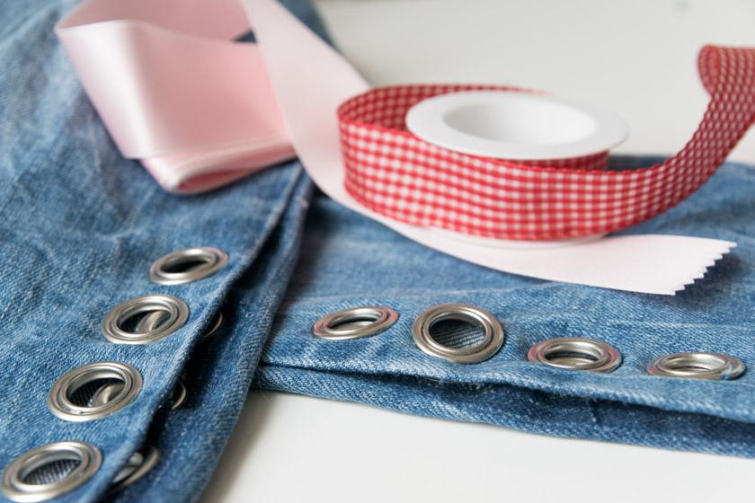 diy jeans mit metall sen und schleife happy lifestyle blog. Black Bedroom Furniture Sets. Home Design Ideas
