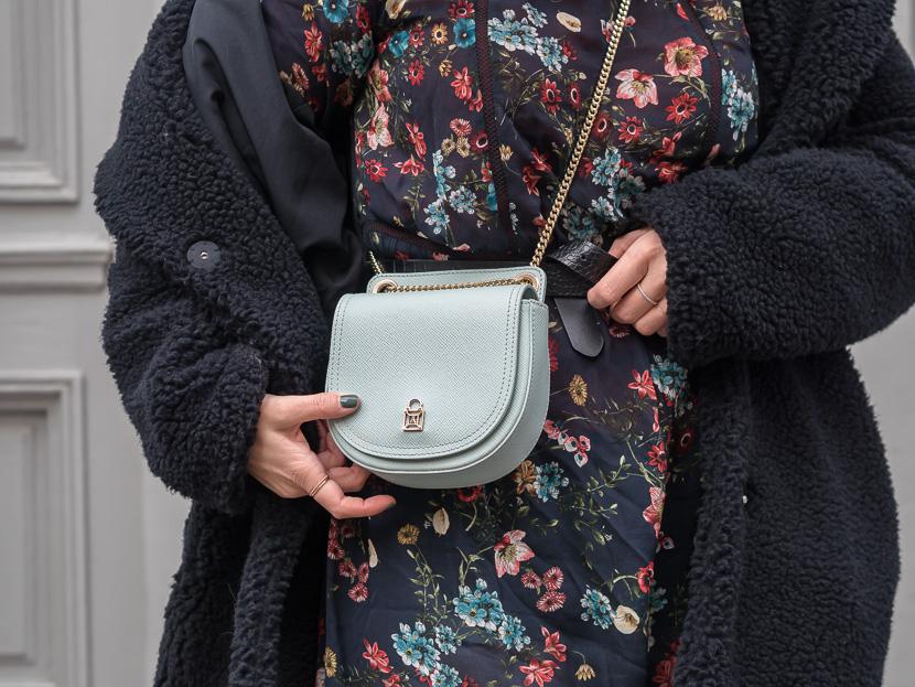 Midikleid im Herbst tragen - Styling-Tipps und Outfit-Inspo 🍂 2