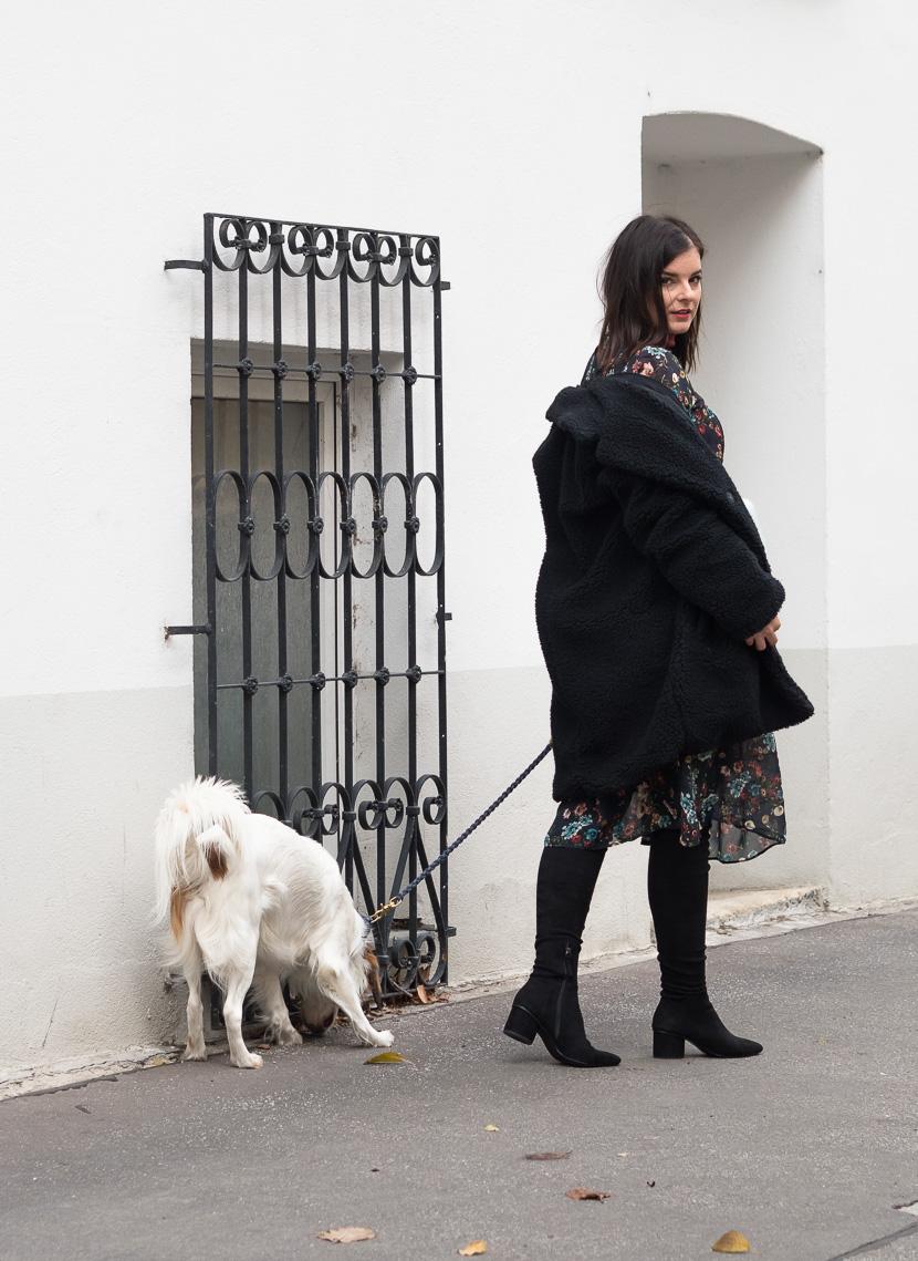 Midikleid im Herbst tragen - Styling-Tipps und Outfit-Inspo 🍂 14
