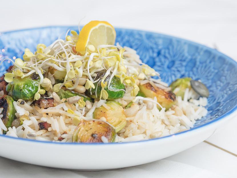 Reis Bowl mit gebratenen Kohlsprossen 7