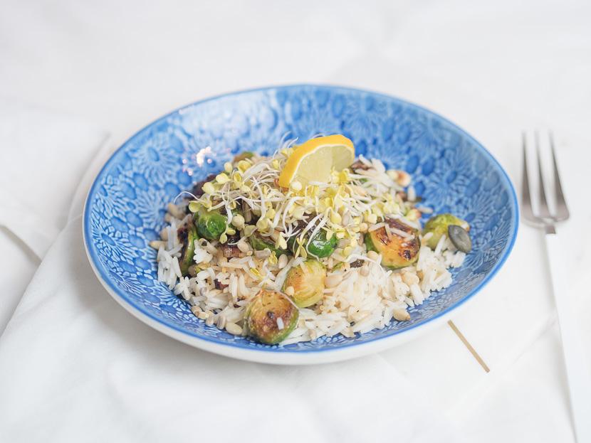 Reis Bowl mit gebratenen Kohlsprossen 6