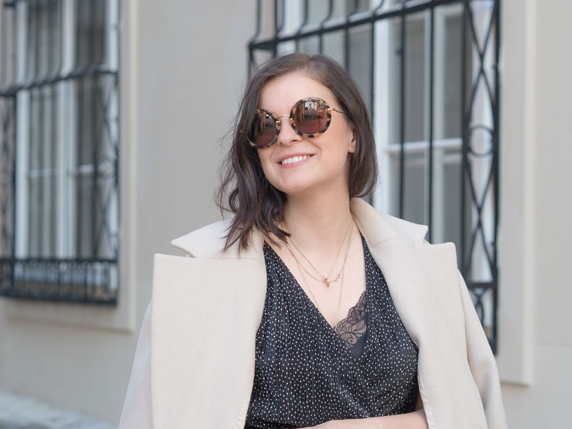 Outfit: der perfekte beige Mantel via Zalando Lounge* 3