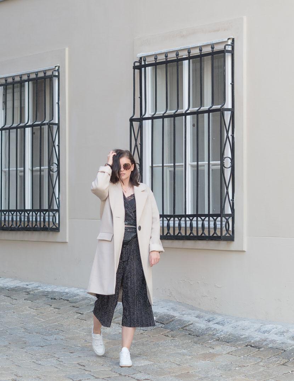 Outfit: der perfekte beige Mantel via Zalando Lounge* 2