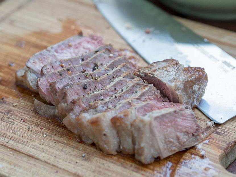 Weber Elektrogrill Steak : Das perfekte steak vom grill u2013 tipps und tricks feat. weber pulse 2000