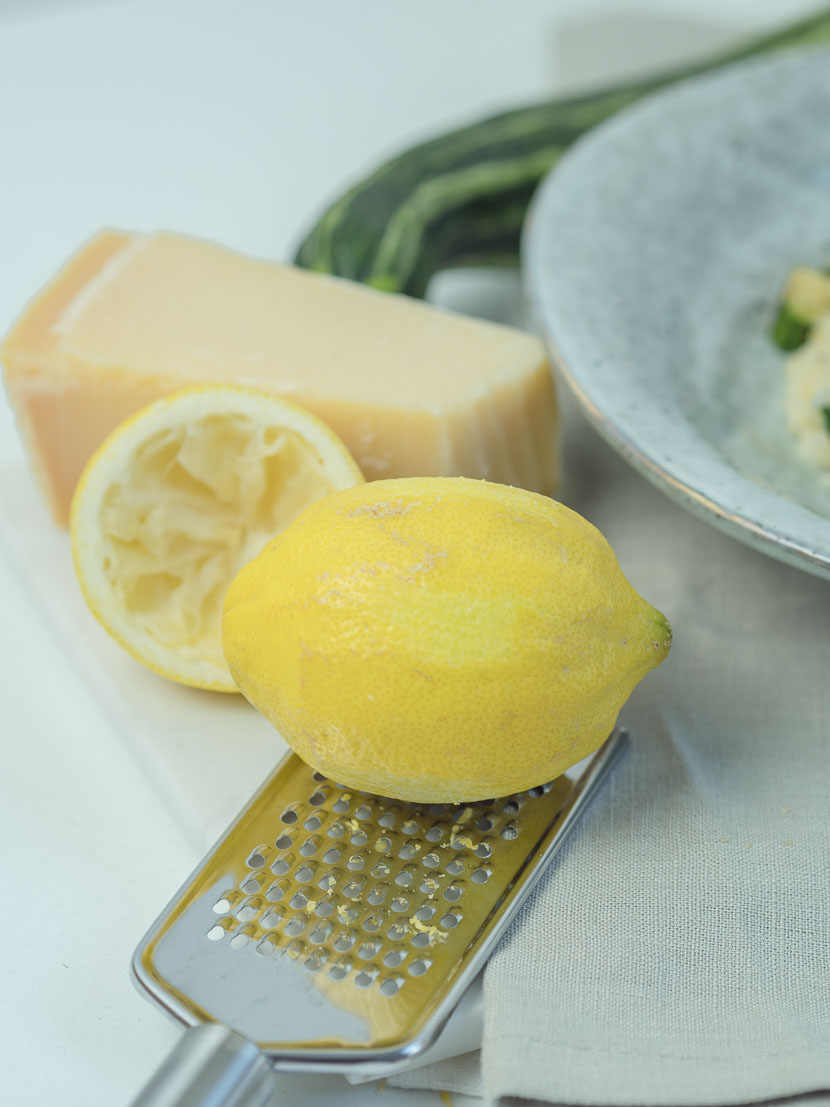 Gin-Zitronen-Risotto mit Zucchini 2