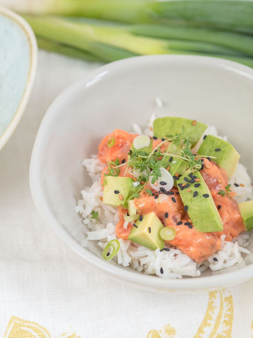 poke bowl mit lachs happy lifestyle blog. Black Bedroom Furniture Sets. Home Design Ideas