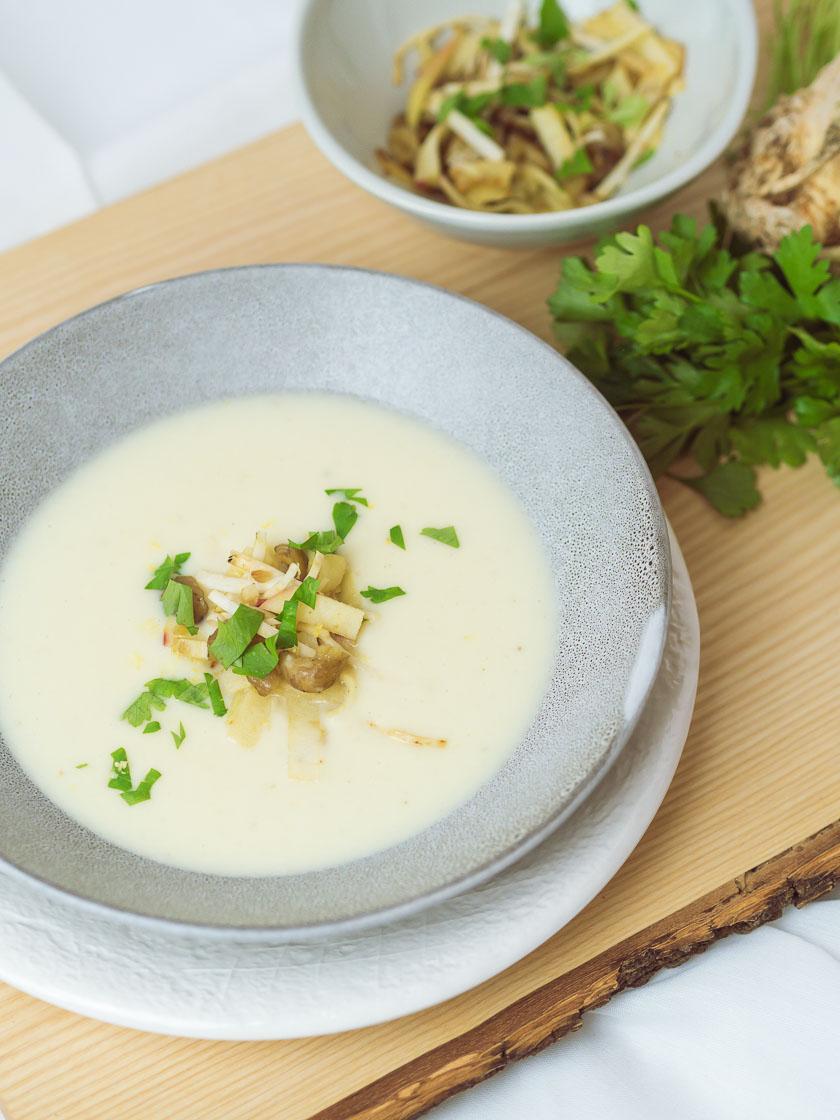 Cremige Selleriesuppe mit Maroni und Zitrone 10