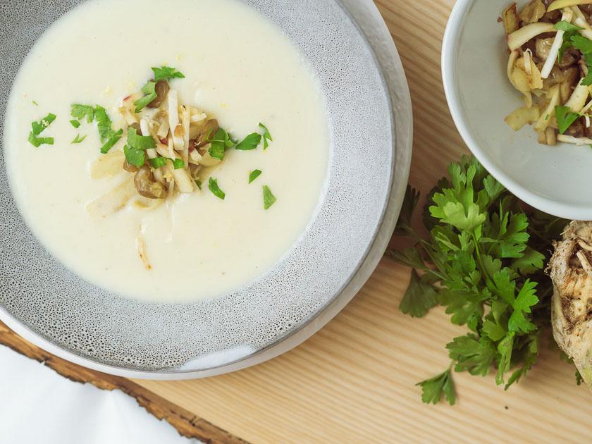 Cremige Selleriesuppe mit Maroni und Zitrone 7