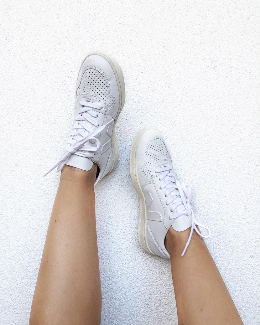 Mit diesen Tipps werden weiße Sneaker wieder strahlend weiß 1
