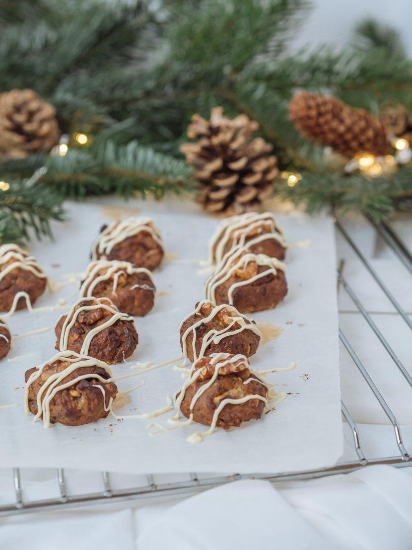 Glutenfreie Banana Bread Cookies mit weißer Schokolade 1