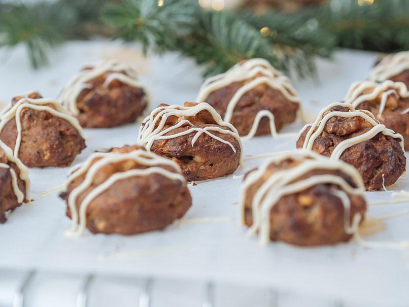 Glutenfreie Banana Bread Cookies mit weißer Schokolade 7