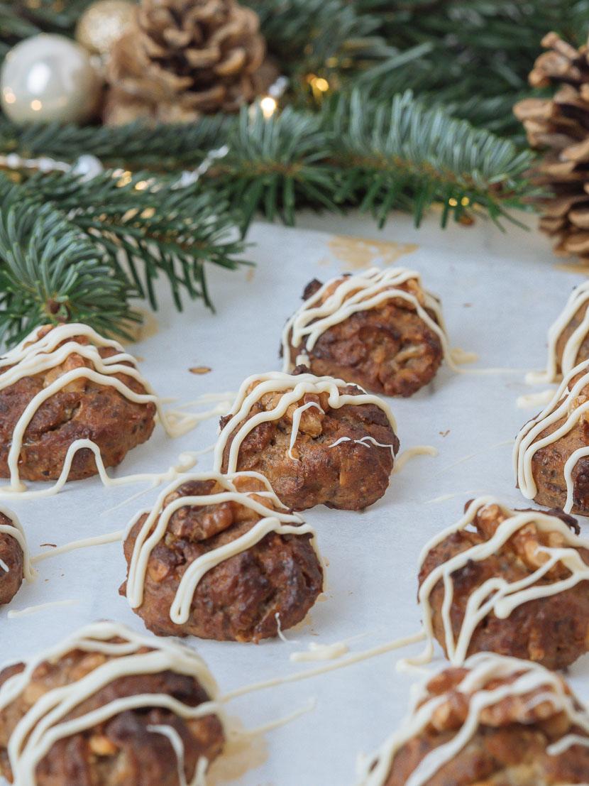 Glutenfreie Banana Bread Cookies mit weißer Schokolade 3