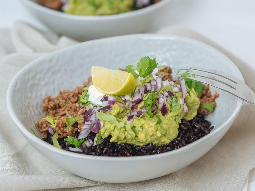 Chipotle Beef Bowl mit schwarzem Reis 5