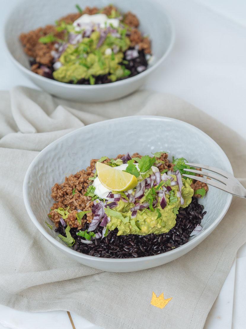 Chipotle Beef Bowl mit schwarzem Reis 4