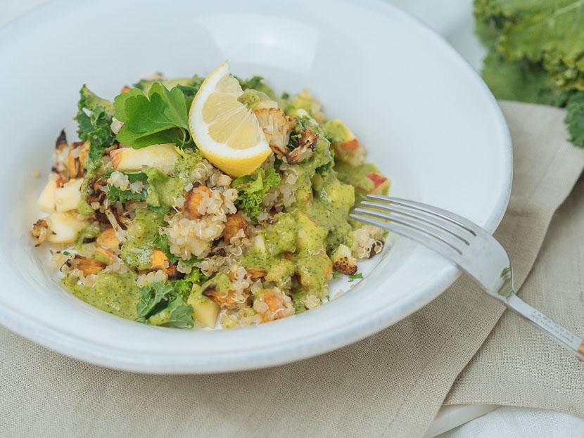 Wintersalat mit Quinoa, Kürbis und Apfel 5