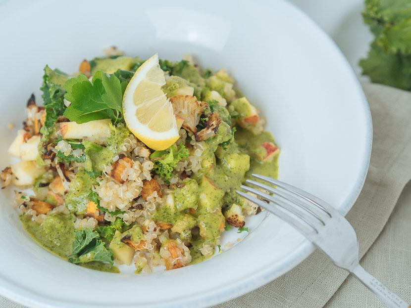 Wintersalat mit Quinoa, Kürbis und Apfel 1