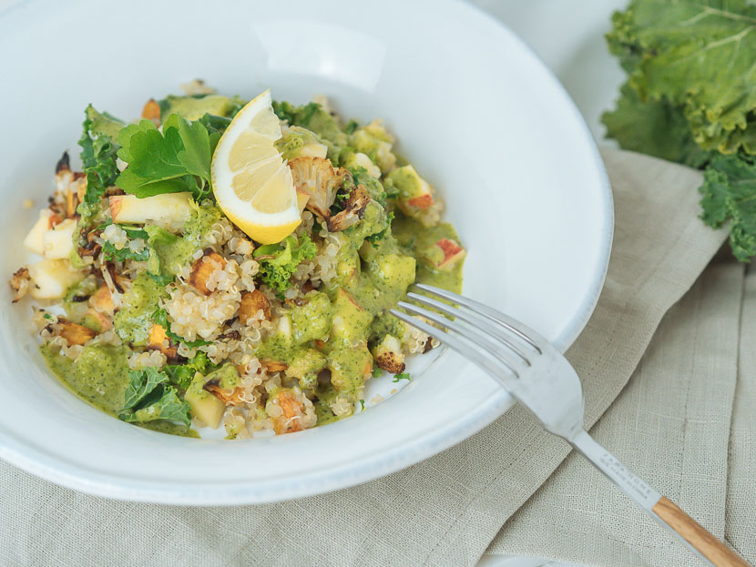 Wintersalat mit Quinoa, Kürbis und Apfel 4