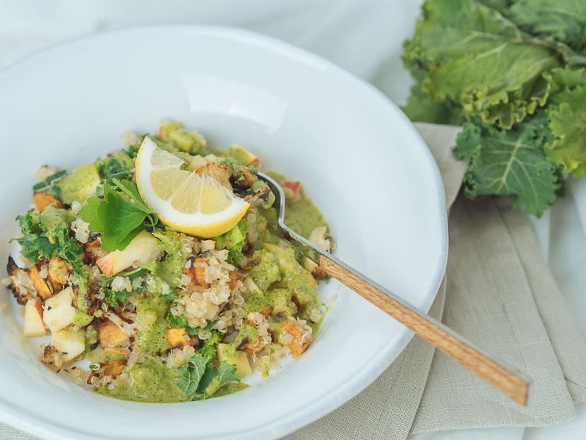 Wintersalat mit Quinoa, Kürbis und Apfel 6