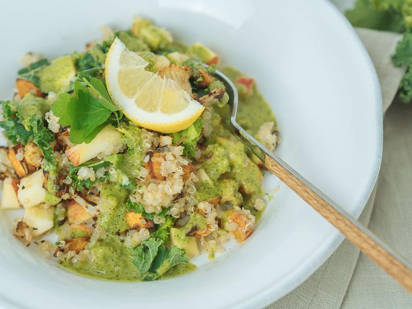 Wintersalat mit Quinoa, Kürbis und Apfel 2