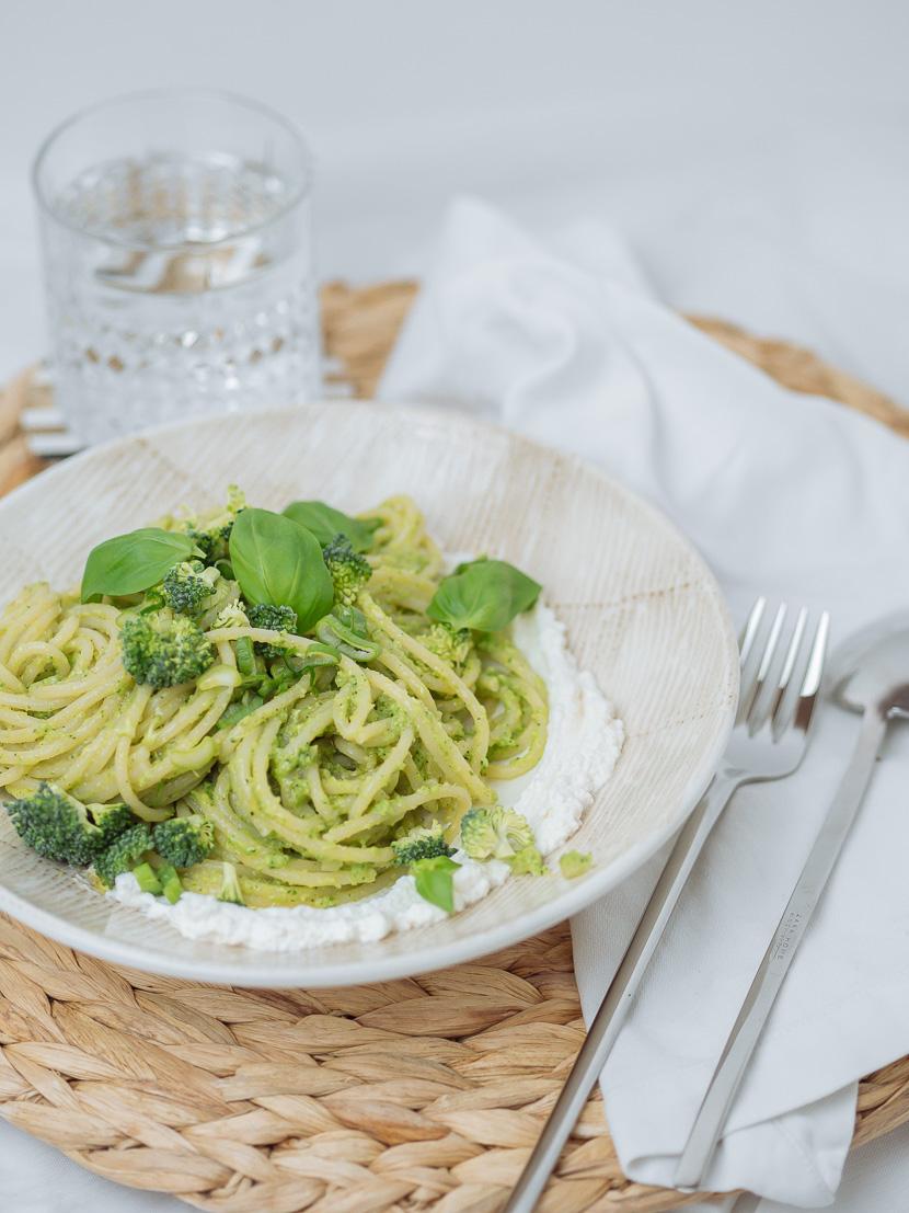 Spaghetti mit Brokkoli-Pesto 1