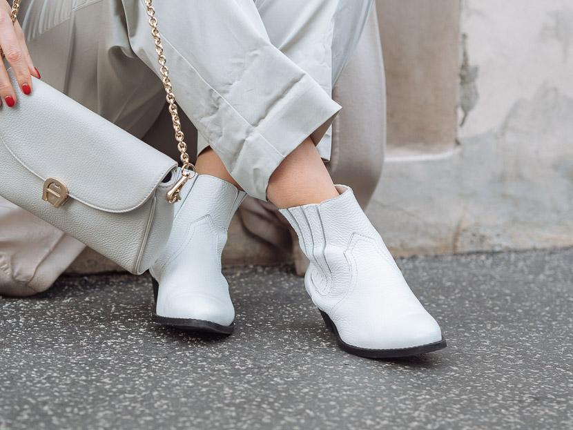 Trendreport: Weiße Boots kombinieren inkl. Outfit Inspiration* 8