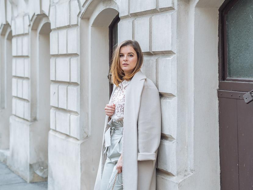Trendreport: Weiße Boots kombinieren inkl. Outfit Inspiration* 3