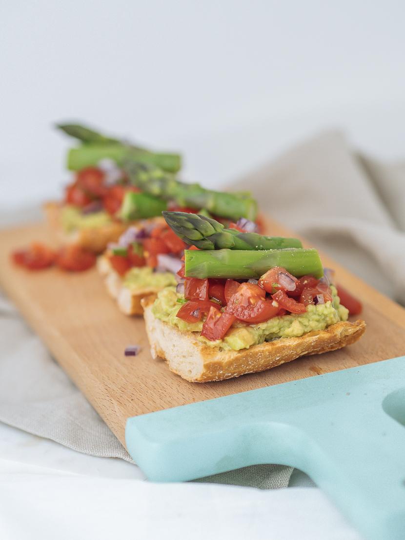 3 frühlingshafte Vorspeisen mit grünem Spargel 3