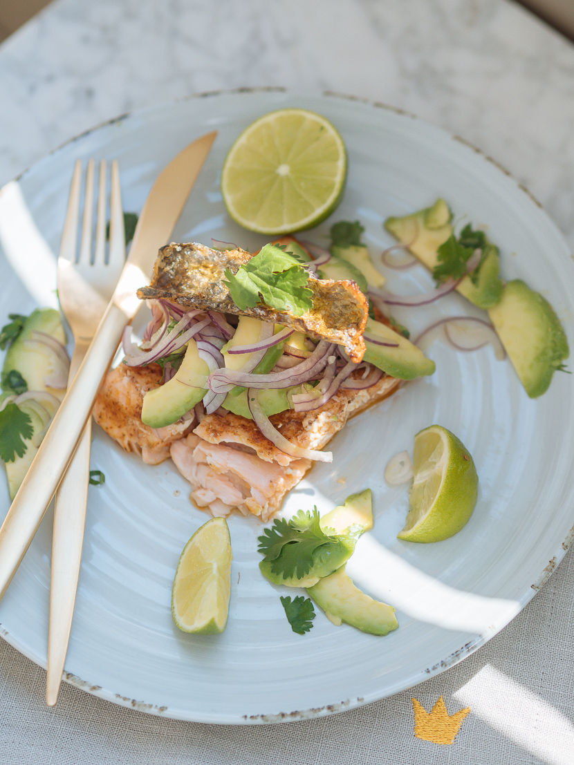 Lachs vom Grill mit Avocado Salsa feat. Weber Pulse 2000* 8