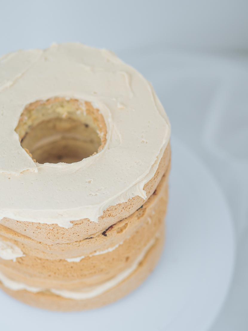 Pinata Cake - DIY Geburtstagstorte mit Süßigkeiten-Füllung* 7