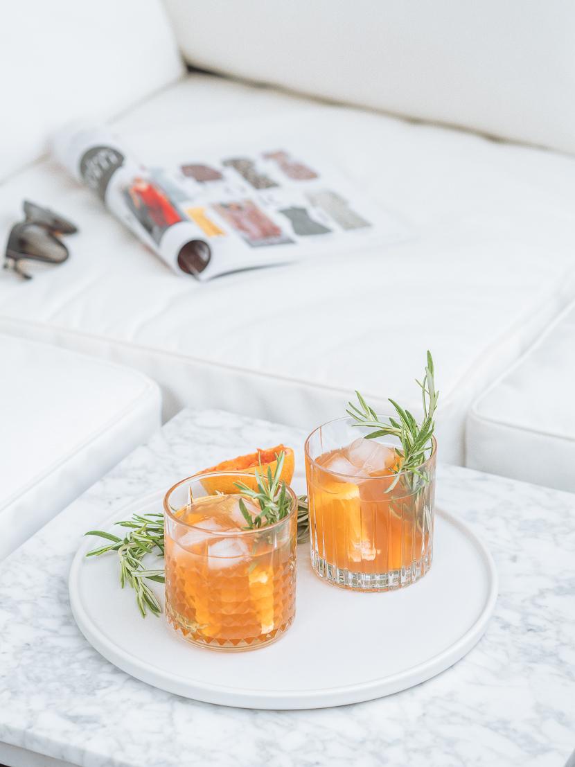 Hausgemachter Eistee mit Orange und Rosmarin 4