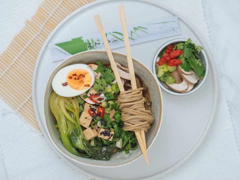 Einfaches, vegetarisches Ramen Rezept mit Tofu 9