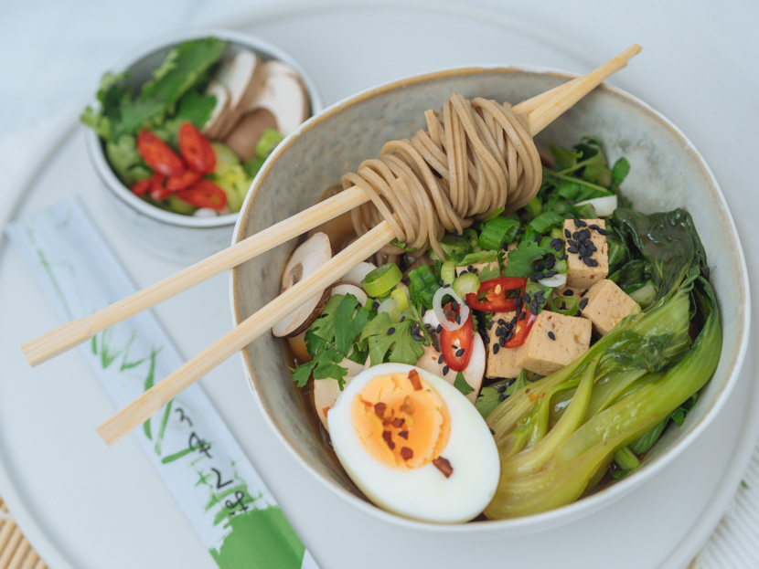 Einfaches, vegetarisches Ramen Rezept mit Tofu 8