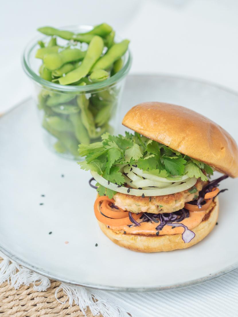 Einfaches und schnelles Rezept für Asia Lachs Burger 3