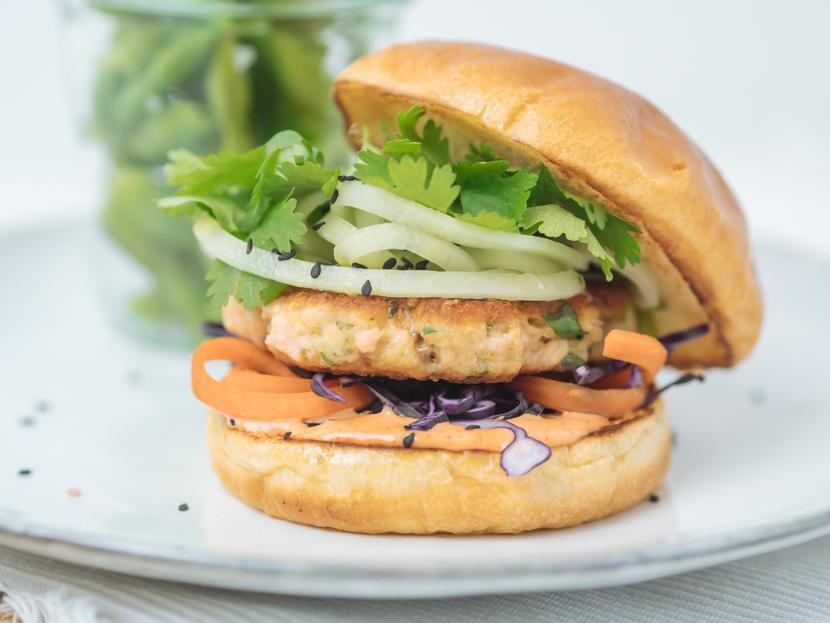 Einfaches und schnelles Rezept für Asia Lachs Burger 1