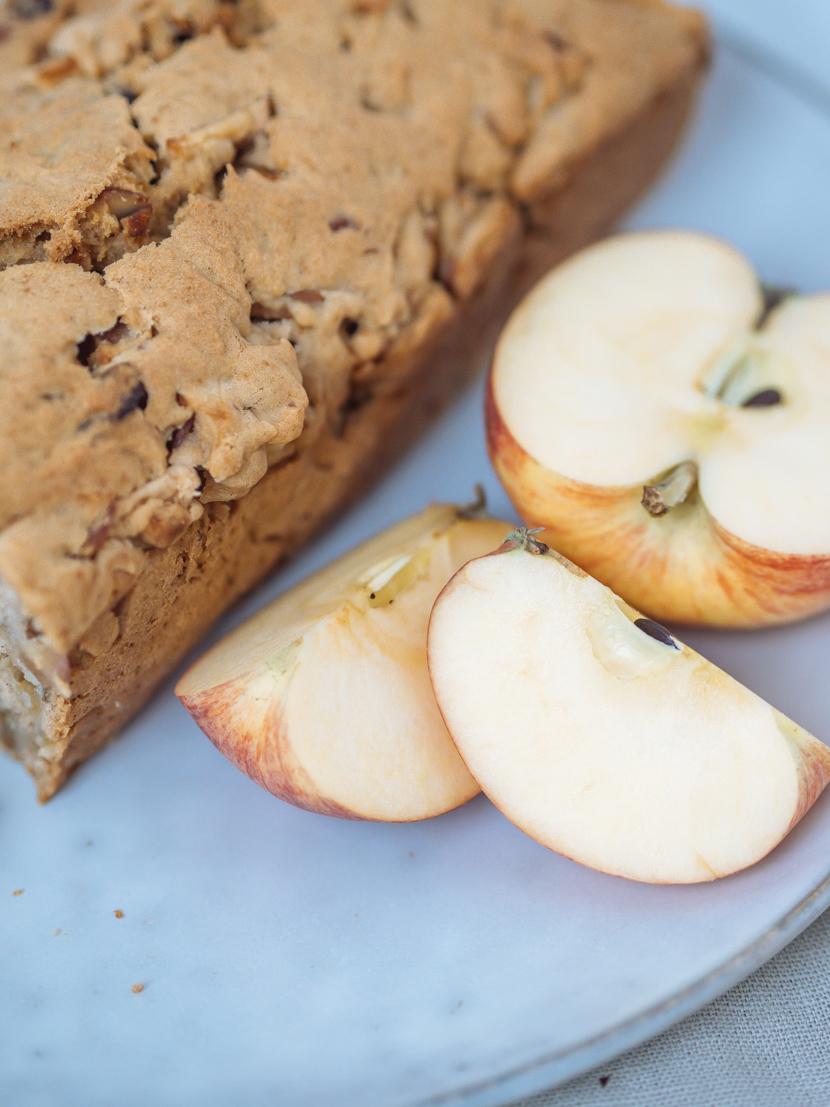 Veganes Apfelbrot mit Pekannüssen - die herbstliche Alternative zu Bananenbrot 3