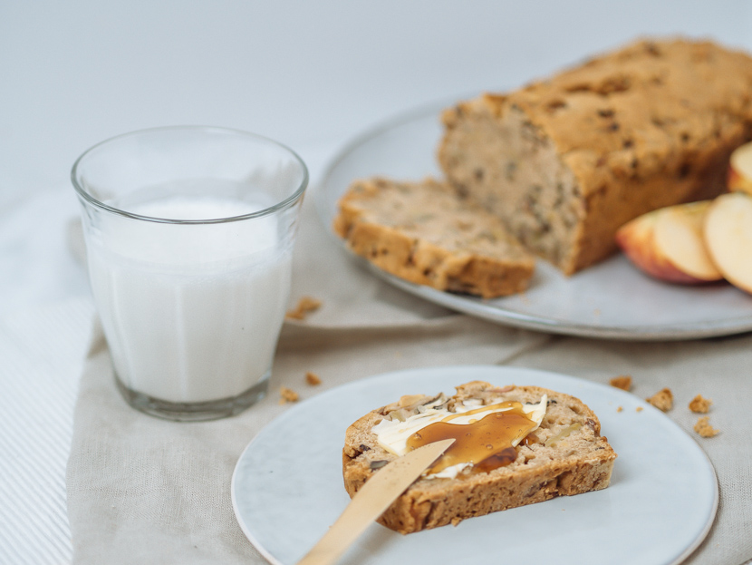 Veganes Apfelbrot mit Pekannüssen - die herbstliche Alternative zu Bananenbrot 6