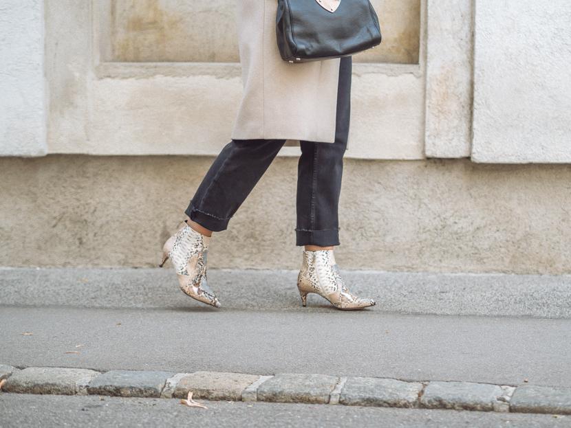 Snake Boots: so kombinierst Du den Schuhtrend im Herbst 2019* 10