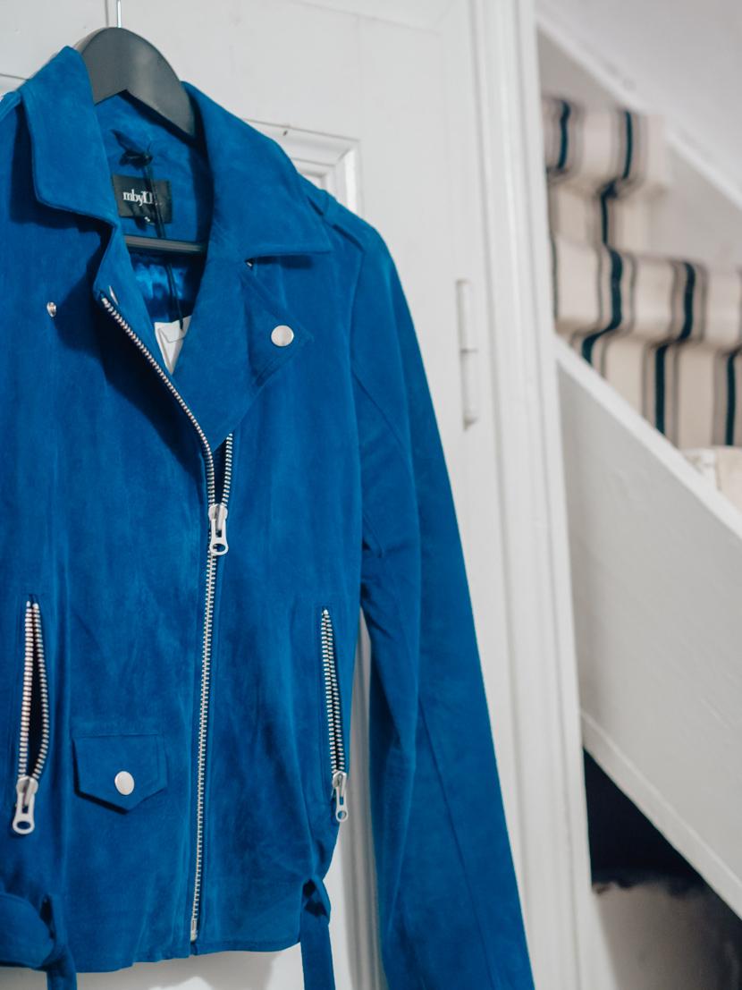 Classic Blue - die Trendfarbe 2020 für Fashion und Beauty 3