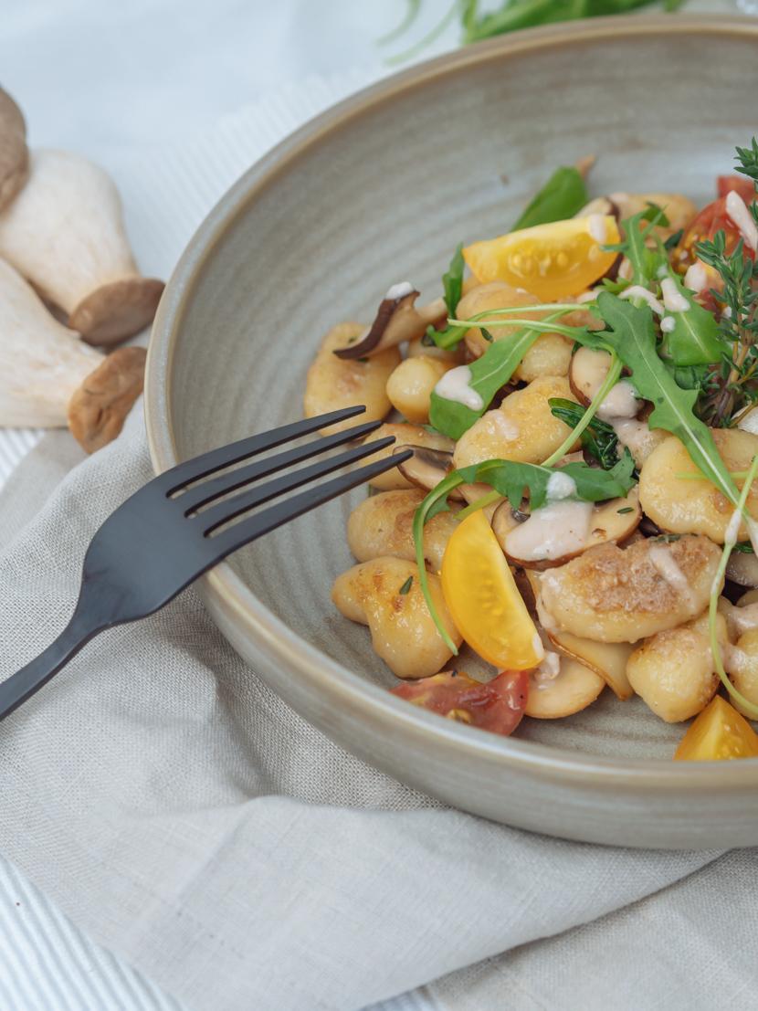 Gnocchi mit Walnusspesto und Pilzen* 6
